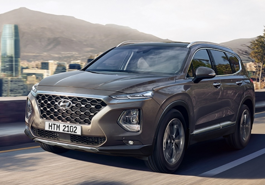 Hyundai SANTA Fe - Price And Features in Pakistan