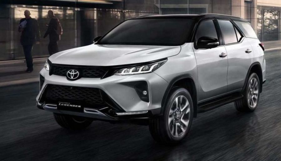 New Facelift of Toyota Fortuner Coming To Pakistan