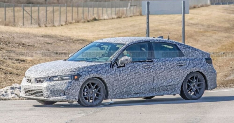Honda Civic 2022 Spotted in Camouflage