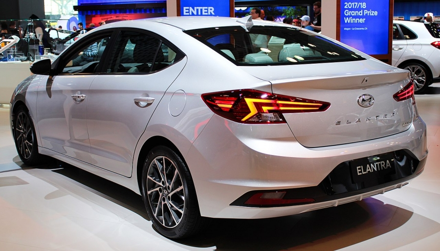 Elantra Will Compete Against Civic and Corolla in Pakistan