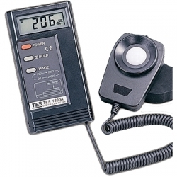 Buy TES 1330A Digital Lux Meter in Pakistan